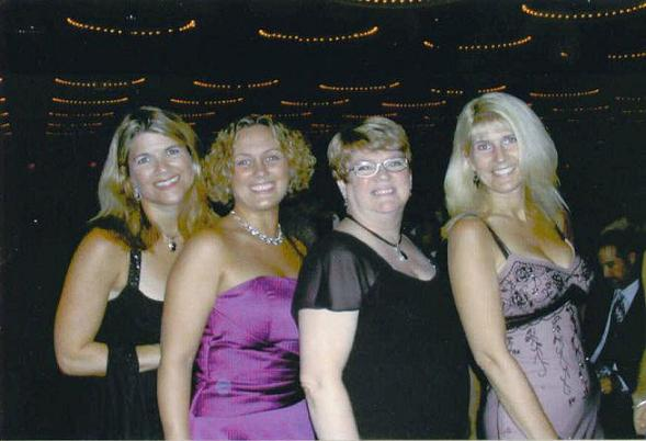 Jacqueline Floyd with Jenn Stark, Misti Adams-Barnes, & Toni Blake at the 2006 RWA National Conference