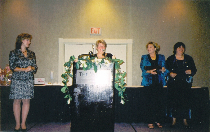 Jacqueline Floyd accepting the Maggie, 2004